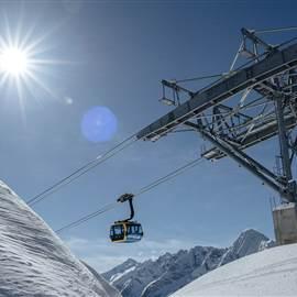 Hochmoderne-Liftanlagen-warten-in-den-Zillertaler-Skigebieten